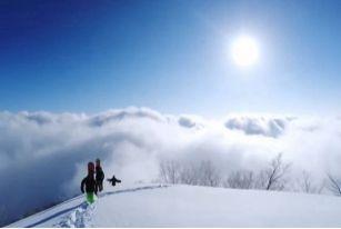 脚踏滑雪板,手拿GOPRO,带你走遍世界滑雪圣地——日本